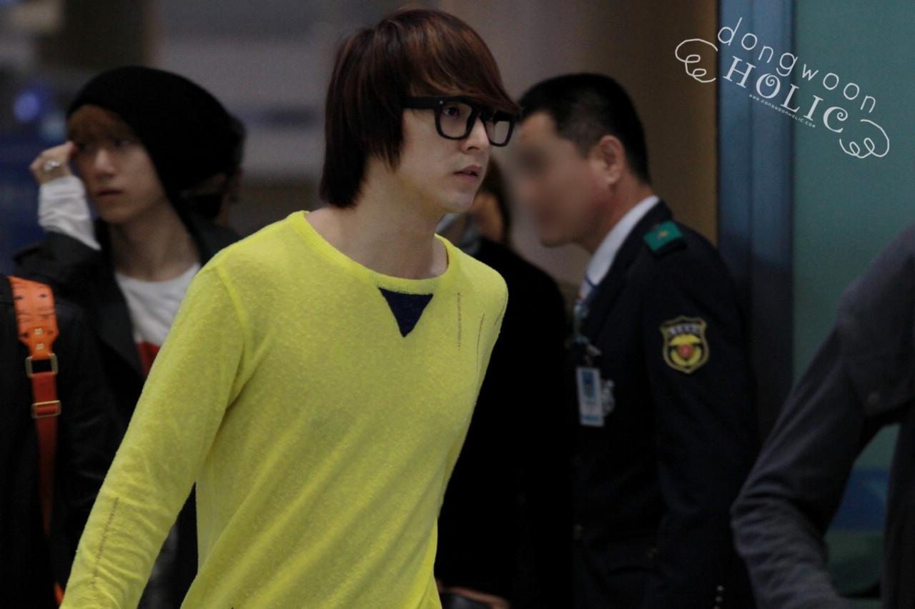 [ صور ] Dong Woon في مطار Incheon عائد من تايلند !! Tumblr_m2iwkdktq11r8h1ifo2_1280