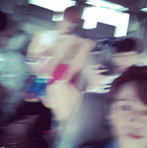 @yysbeast: I..sometimes..took..pictures.....★☆Eventhough it shakes alot..I took it..★☆
