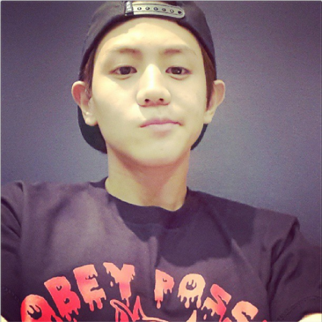 @yysbeast: I have a morning shot photo in my phone but I won't upload it..ㅋㅋㅋㅋㅋㅋHeung.